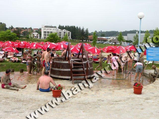 Lekovito blato na bazenima Nova Banja u Banji Vrujci